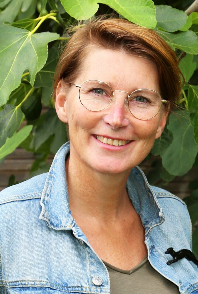 Nana Bouwens